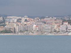 西地中海クルーズ(5)・・フランスのカンヌは、強風と波のため抜港でした。