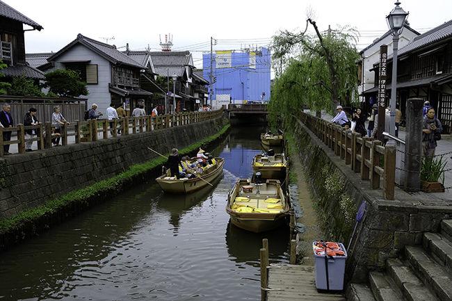 水郷の町として知られる千葉県香取市の佐原地区。<br />小江戸と呼ばれ、小野川を中心にした歴史保存地区が有名です。<br />カメラ片手にぶらぶらと佐原の街歩きと<br />そして途中下車した成田山新勝寺を訪れた旅の日記です。