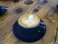 旧友に会うケアンズ最終日:カフェ、空港ラウンジ、ジェットスターで成田へ
