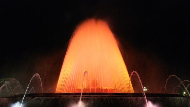写真コメント:ホテル付近の噴水ショー「Font Màgica de Montjuïc」!ちょうど週末に宿泊していたので見ることができました!めちゃくちゃ綺麗でした!