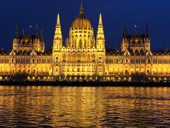 2018,2月 中欧巡りをしてみた。No10,ブダペスト ドナウ川夜景クルーズ ハンガリー 王宮」と国立美術館