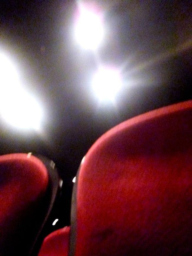 待ちに待った7月5日は雨。<br /><br />シニア女性のお出かけはおしゃれ度ダウン、しかし劇場中の熱気はかなりのもの。<br /><br />ラストは「サークル・オブ・ライフ」(『ライオンキング』より)迫力がありました。
