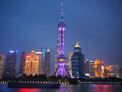 水郷の街へ03 上海 : 古城公園からの黄浦江ナイトクルーズ