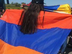 アルメニアで道路封鎖デモに遭って女性ジャーナリストに助けられた話(GWコーカサス番外編)