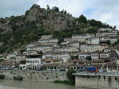 バルカン半島を旅する5アルバニア・ベラト編