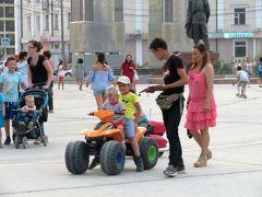 2018年シベリア・サハ共和国ヤクーツクへの旅(9)市内編その2:旧ソ連らしい現代ヤクーツクの町並みと人々