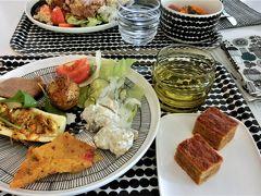 マリメッコ本社の社員食堂で昼食を! そしてフィンエアのプレミアムコンフォートで帰国 < 白夜のフィンランド旅 7日目その2と8日目 >