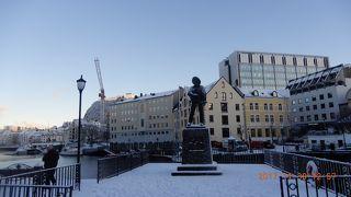 北極圏のオーロラ見学のクルーズ: ノルウェー・街並み Ⅱ 2017年