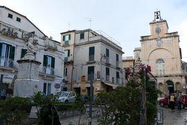 美しき南イタリア旅行♪ Vol.77(第4日)☆Tropea:イゾラベッラへ朝のトロペア旧市街を歩く♪