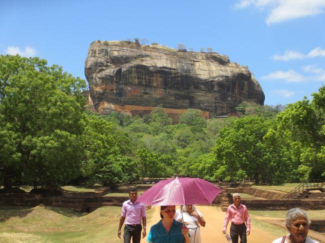 夏季休暇に一人旅しようと思い、JALマイルで特典航空券が取れたスリランカ航空を利用して、スリランカを7泊9日で旅してきました。