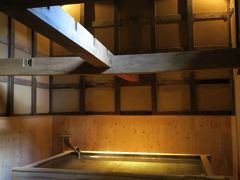 蔵の中の貸切風呂&450年前からの湯船など、青根温泉 湯元不忘閣