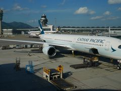 CPA(キャセイ)シンガポール(香港乗継)搭乗記2018/08 その2(HKG=(BKK)=SIN A351、A359) 香港=シンガポール往復編 A350-1000搭乗とチャンギ国際空港ターミナル4を初体験。バンコク経由はどんな感じ?