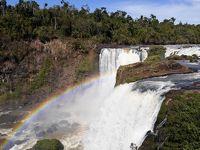 イグアス周辺の2つの滝へ! まずはモンダウの滝編!!