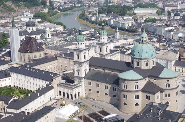 オーストリア・チェコ・スロバキア10日間(1・2日目:ザルツブルク)
