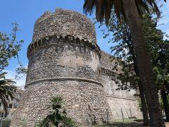 美しき南イタリア旅行♪ Vol.90(第4日)☆Reggio di Calabria:レッジョ・ディ・カラブリアの古城「アラゴン城」♪