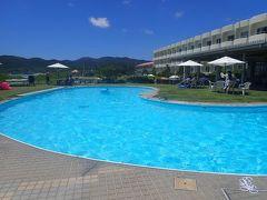 久米島と沖縄本島(5)久米島イーフビーチホテルで迎えた朝。朝食バイキングにはゴーヤのスムージーも。