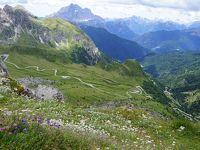 夏のドロミテ(2)チンクエトリ ファルツァレーゴ峠