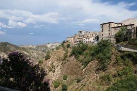 美しき南イタリア旅行♪ Vol.131(第5日)☆Stilo:イタリア美しき村「スティーロ」洞窟教会へ歩く♪