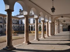 夏旅は初ポルトガル16★エヴォラ★壁のアズレージョが美しい歴史ある大学 ~パテオ デ サンミゲル・エヴォラ大学~