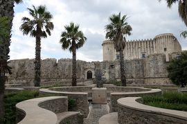 美しき南イタリア旅行♪ Vol.169(第6日)☆Santa Severina:美しき村「サンタ・セヴェリーナ城(カラファ城)」前の公園♪