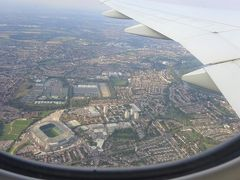 カタール航空 ドーハ経由でロンドンへ