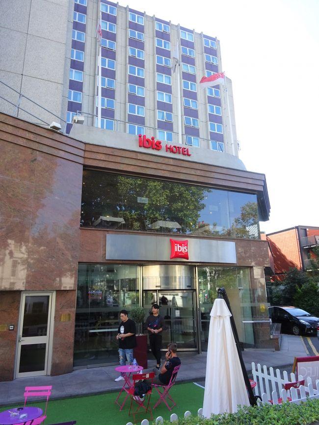 旅工房の「ひとり旅ツアー」でロンドンへ行きました。<br /><br />宿泊先の3つ星ホテル「イビス アールズコート」の部屋情報をお伝えします。<br />