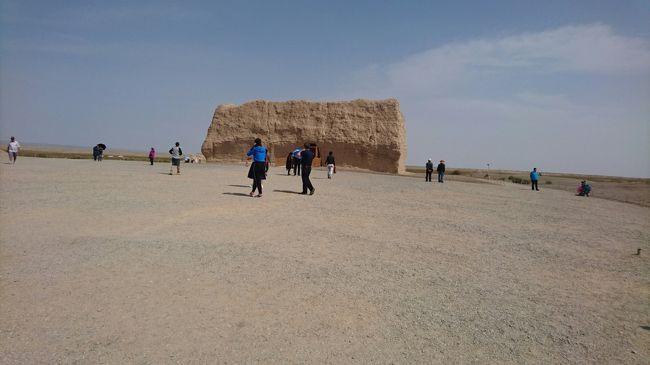2日目は敦煌郊外を観光しました。