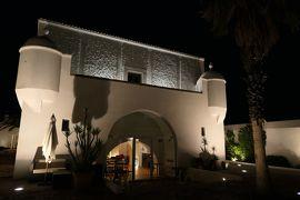 美しき南イタリア旅行♪ Vol.220(第7日)☆Pisticci:ホテルマッセリア「Torre Fiore」夜のトッレ周囲広場は美しい♪