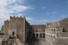 美しき南イタリア旅行♪ Vol.240(第8日)☆Miglionico:美しい「ミリオーニコ城」展望台から古城全貌♪
