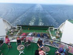 ヘルシンキからエストニアのタリンへフェリーに乗る 船内ってこんなとこ