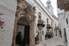 美しき南イタリア旅行♪ Vol.283(第9日)☆Locorotondo:美しいロコロトンド旧市街 妖艶なバロックの宮殿♪