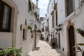 美しき南イタリア旅行♪ Vol.287(第9日)☆Locorotondo:美しいロコロトンド旧市街 花がいっぱいの夏の風景♪