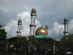 東南アジア一周 Day52: バンダルセリベガワン~ハリラヤのお祝いに参加しました~