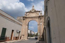 美しき南イタリア旅行♪ Vol.290(第9日)☆Manduria:美しいマンドゥリア 城門から宮殿へ♪
