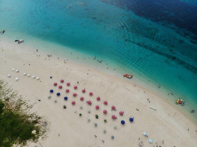 今年の5月にドローンを購入してからあちこちで空撮を楽しんでいます。<br />購入した理由の一つは宮古島の風景を空撮する事でした。<br />沖縄は5年、宮古島は10年振りの訪問となりました。<br />JALの特典航空券を使い、宮古島と那覇でそれぞれ1泊しました。<br /><br />10年振りの宮古島は相変わらず綺麗なビーチでした。<br />その1 宮古島・伊良部・下地島編です。<br />その2 沖縄本島編は以下をご覧ください。<br />https://4travel.jp/travelogue/11406928<br />※空撮は国土交通省承認済みです。