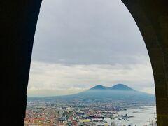 混沌の街 ナポリの魅力