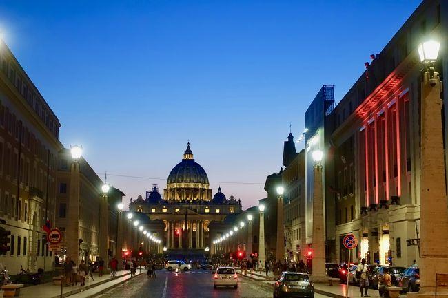 5日目。ローマ観光2日目。<br />美術館メインです。<br />オンシーズンのイタリアの美術館は予約をしたほうが良いようです。<br />納得いかないことに、イタリアは予約料というものを徴収されます。<br /><br />ヴァチカン美術館をなめてかかってしまったため<br />時間がものすごくかかってしまいました。(-。-;<br />そのため図らずもローマの夜景を拝むことができました。<br />ーーーーー<br /> 旅程<br />ーーーーー<br />2018<br />□8.26 福岡空港→ヘルシンキ空港→ドブロブニク旧市街<br />□8.27ドブロブニク観光 <br />□8.28ドブロブニク観光→ローマへ<br />   17:00発 ドブロブニク空港<br />   18:15着フィウミチーノ空港<br />□8.29ローマ観光(コロッセオメイン)<br />■8.30ローマ観光(ヴァチカン美術館メイン)<br />□9.1 フィレンツェ観光<br />□9.2 ローマ→ヘルシンキ空港→福岡空港の予定でしたが・・・