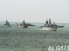 トラファルガー海戦200周年記念国際観艦式