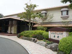 ホテルも良いけど温泉もね♪平日の箱根で1泊2日、昭和レトロは外国人好み?大涌谷はガスが濃すぎてすぐ退散、箱根水族館が意外に楽しめました