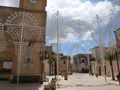 美しき南イタリア旅行♪ Vol.360(第13日)☆古代遺跡の眠る「パトゥ」:Piazza Indipendenza♪