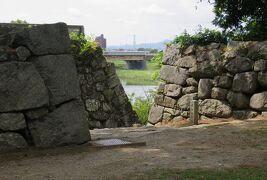 2018夏、三河の名城巡り(5/7):8月18日(5):吉田城(5:完):模擬鉄櫓、本丸、空堀、石垣、豊城神社