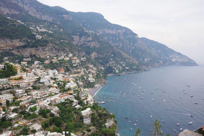 カプリ島の観光を終えて、ソレントからポジターノ(約30㎞)へとドライブ。<br /><br />アマルフィのドウオモを観光してナポリ(約70㎞)へと戻ります。