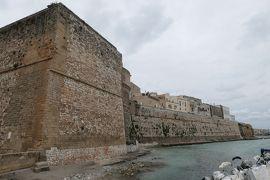 美しき南イタリア旅行♪ Vol.394(第14日)☆そびえ立つオートラント城壁を眺めて♪