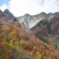 紅葉終わりかけの雨飾山日帰り登山