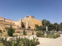 ドゥシャンベ郊外のヒサール要塞。