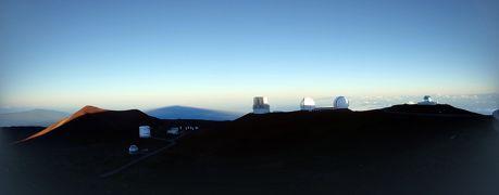 2018.10 ハワイ島(11)レッツゴーマウナケア マウナケア山頂から天文台を眺めよう