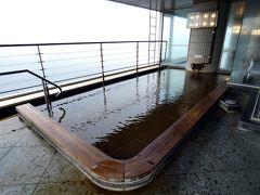 お盆休みのエクシブ初島3連泊 エクシブ初島 ラウンジ フィラーレの喫茶 最上階の展望温泉大浴場