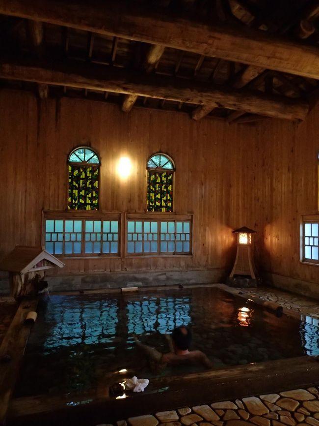 夏休みに群馬の秘湯を守る会会員宿、たんげ温泉美郷館へ。<br />翌日は軽井沢のつるや旅館に泊まり、大賑わいの旧軽井沢へ。