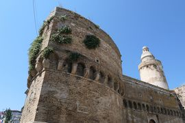 美しき南イタリア旅行♪ Vol.525(第19日)☆美しきヴァスト旧市街:Piazza Barbacaniからヴァスト城の景観♪