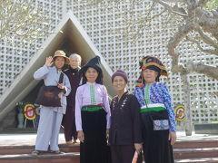 ディエンビエンフーの戦いの街散歩。戦跡の街。今は平和な、お団子頭のタイ族おばちゃまのディエンビエンフー。
